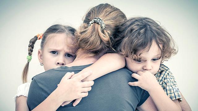 Traurige Kinder (c) 123rf
