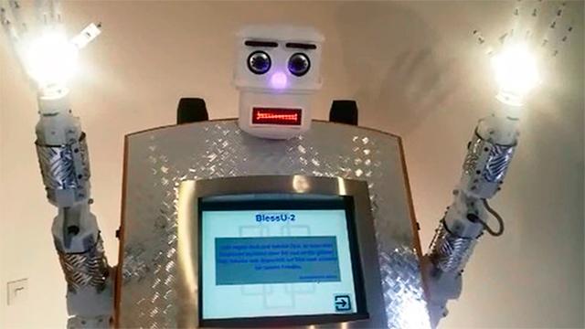 Segensroboter «BlessU-2»
