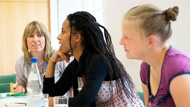 Teilnehmerinnen beim Evangelischen Studienwerk