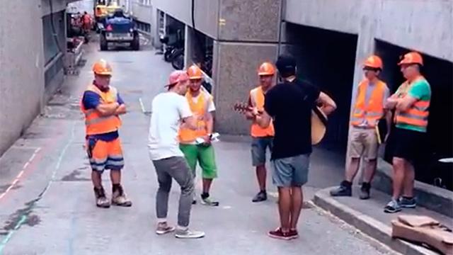 Ein Ständchen für «Menschen in Orange»