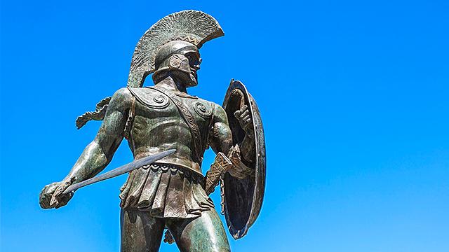 Statue von antikem Krieger