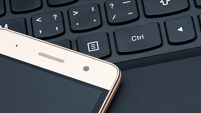 Smartphone und Computer