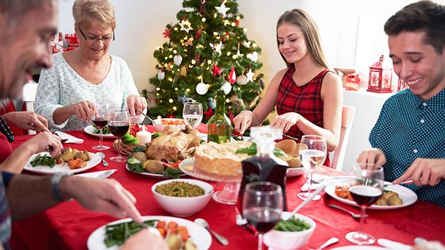 Familienessen an Weihnachten | (c) 123rf