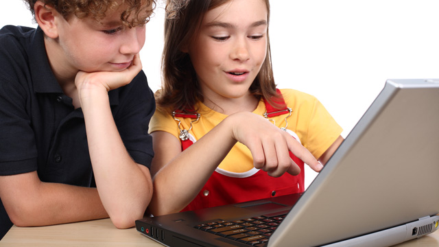 Kinder am PC