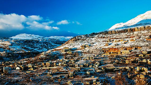 Libanesisches Dorf mit Schnee