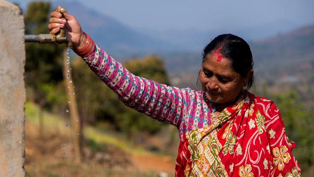 (c) World Vision - Nepal - Wieder Wasserzugang