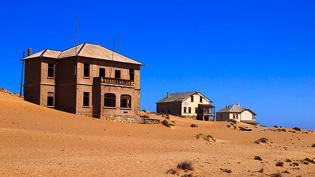Häuser auf Sand