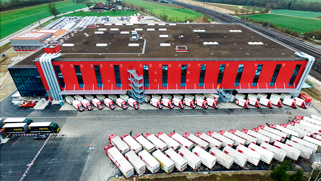 Logistikzentrum der Schöni Transport