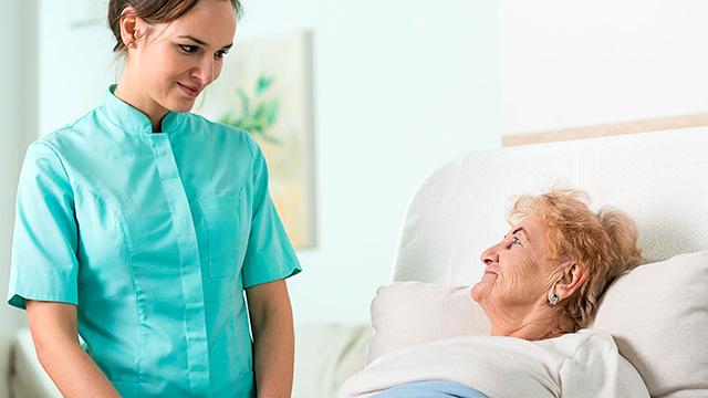 Pflegerin und Patientin