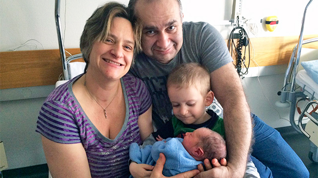Susanna Staub mit Mann und Kindern